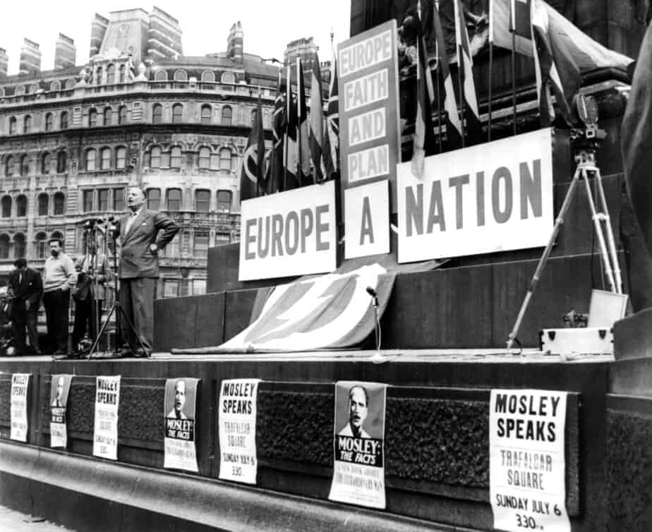 Mosley addresses crowd at Trafalgar Square 1958.